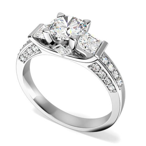 Inel de Logodna cu 3 Diamante Dama Aur Alb 18kt cu un Diamant Central Rotund Briliant, Diamante Princess pe Lateral si Diamante Mici Rotund Briliant pe Margini-img1