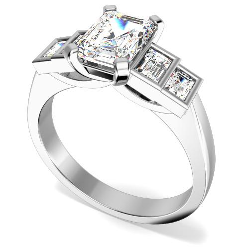 Inel de Logodna cu Mai Multe Diamante/Inel cu 5 Diamante Dama Aur Alb 18kt cu Diamant Central Taietura Smarald si Diamante Forma Bagheta pe Margini-img1