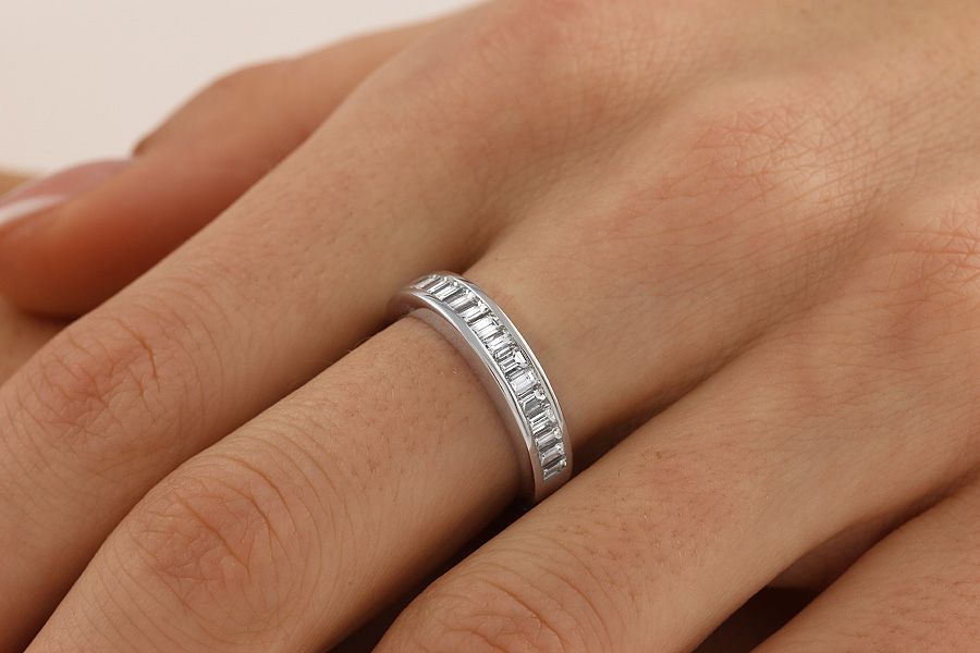 Half Eternity Ring for women in 18ct white gold with baguette cut diamonds in a channel setting-img1