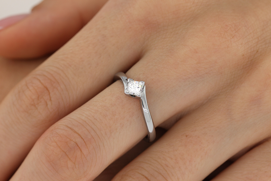 Single Stone Twist Engagement Ring for Women in 9ct White Gold with a Princess Cut Diamond in a Claw Setting-img1
