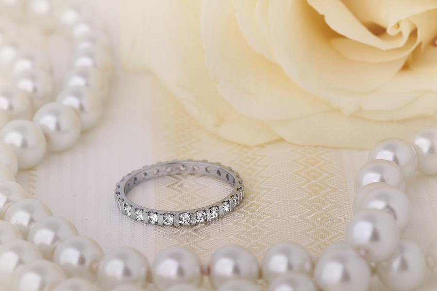 Voll Eternity Ring/Ehering mit Diamanten für Dame in 18kt Weißgold mit runden Brillanten in Balkenfassung-img1