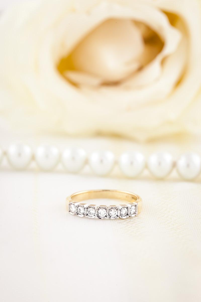 Inel semi eternity Dama Aur Galben si Alb 18kt cu 7 Diamante Rotunde in Stoc-img1