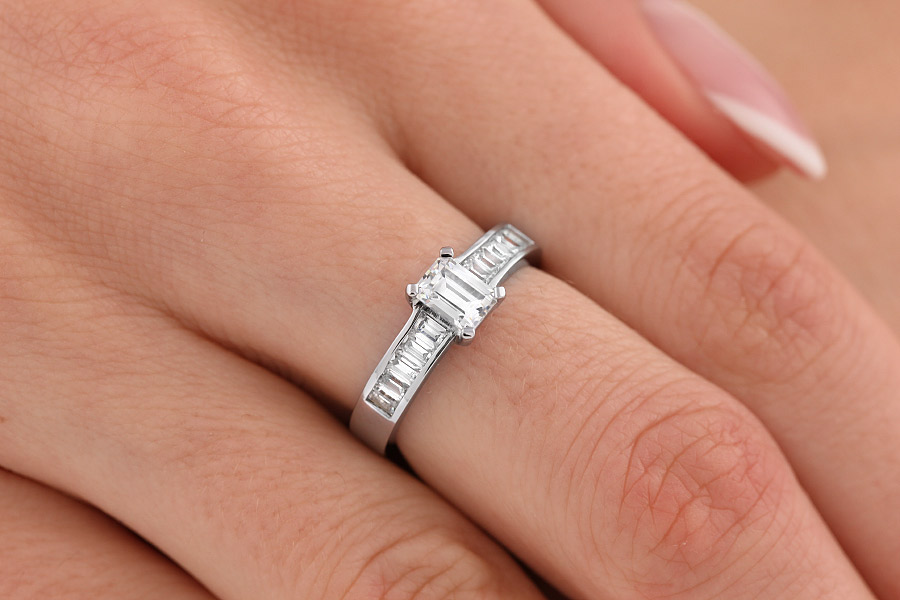 Single Stone Engagement Ring With Shoulders For Women In Platinum
