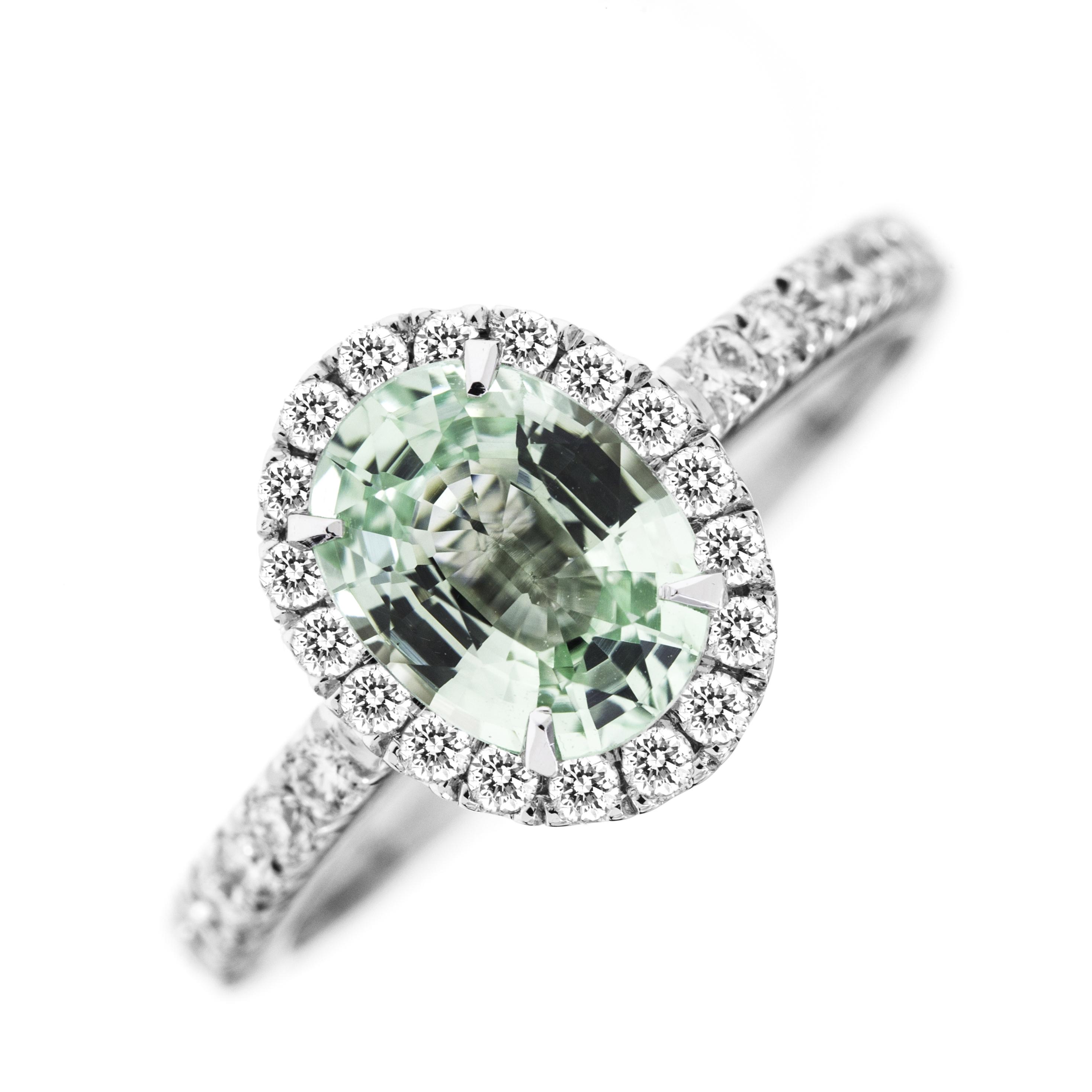 RDCH627W-Inel Chrysoberyl Verde si Diamante Dama Aur Alb 18kt,cu un Chrysoberyl Verde Oval si Diamante Rotunde-img1