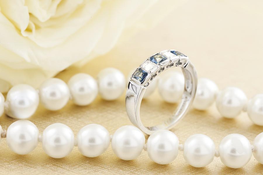 Inel cu Acvamarin si Diamant Dama Aur Alb 18kt cu 5 Pietre-img1