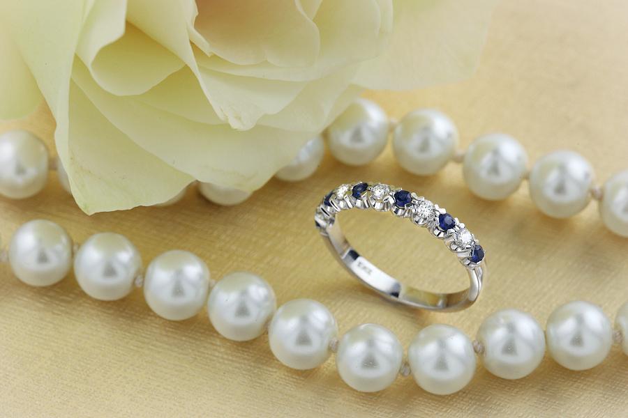 Inel Aur Alb 18kt cu 6 safire rotunde și 5 Diamante Rotunde Brilliant In Stoc-img1