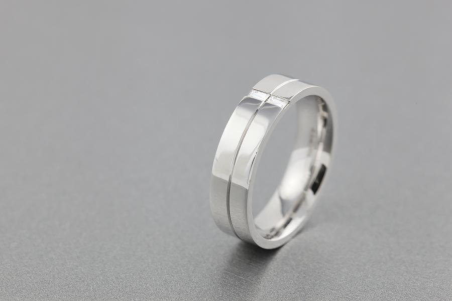 Diamantring/Ehering mit Diamanten für Mann in 18kt Weißgold mit 2 Baguette Schliff Diamanten-img1