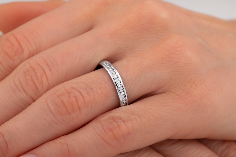 Verigheta cu Diamant/Inel Eternity Dama Aur Alb 18kt cu 17 Diamante Rotund Briliant in Setare Canal-img1