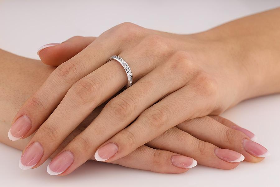 Verigheta cu Diamant/Inel Eternity Dama Aur Alb 18kt cu Diamante Rotunde in Setare Tip Canal-img1