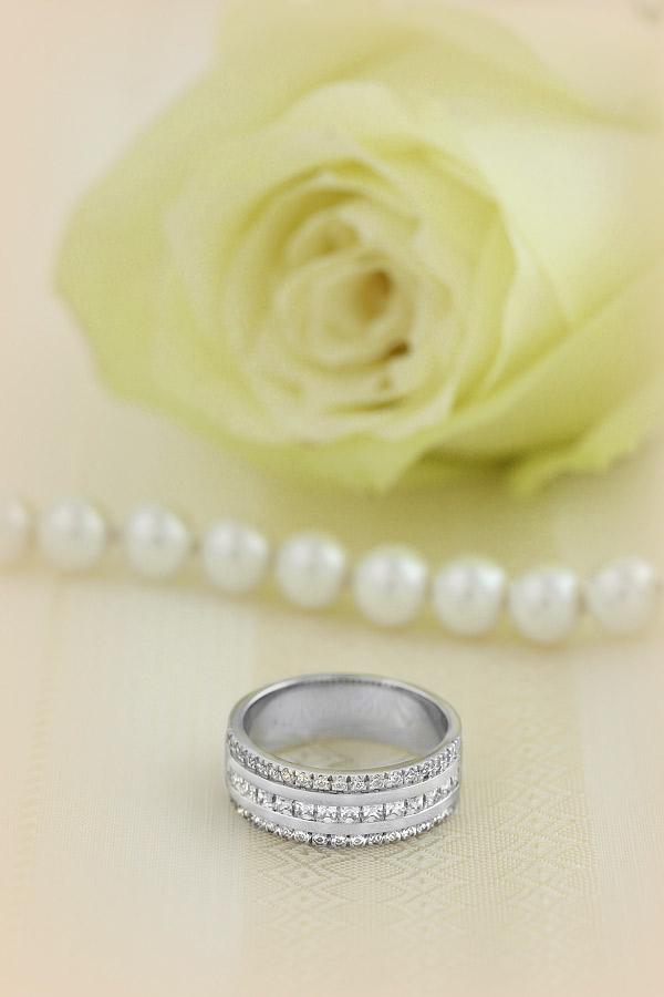 Verigheta cu Diamant/ Inel eternity Dama Aur Alb, 18kt cu 15 Diamante Princess & 36 Diamante Rotund Briliant in Setare Canal, 7.00mm-img1