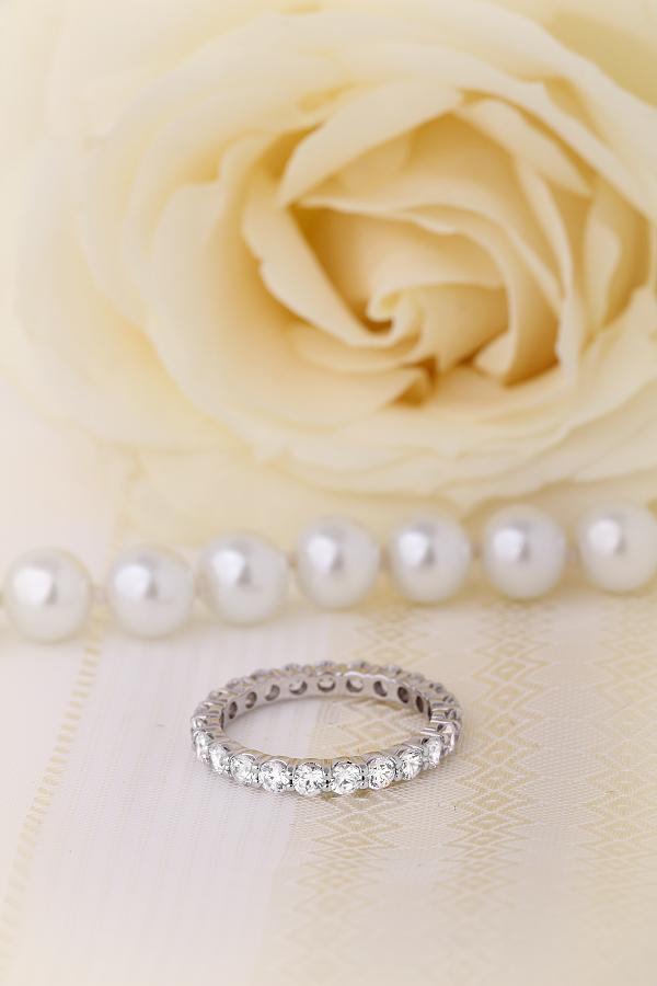 Verigheta cu Diamant/Inel Eternity Dama Aur Alb 18kt cu Diamante Rotund Briliant Setate cu Gheare in Jurul Inelului-img1