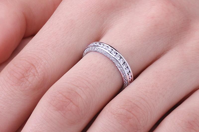 Verigheta cu Diamant/Inel Eternity Dama Aur Alb 18kt cu Diamante Rotund Brilliant de jur imprejur si pe margini, Latime 4mm-img1