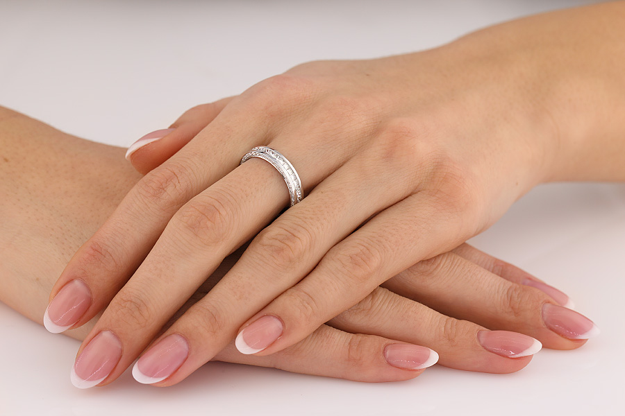 Verigheta cu Diamant/Inel Eternity Dama Aur Alb cu Diamante Princess si Diamante Rotund Briliant pe Margini, Latime 4mm-img1