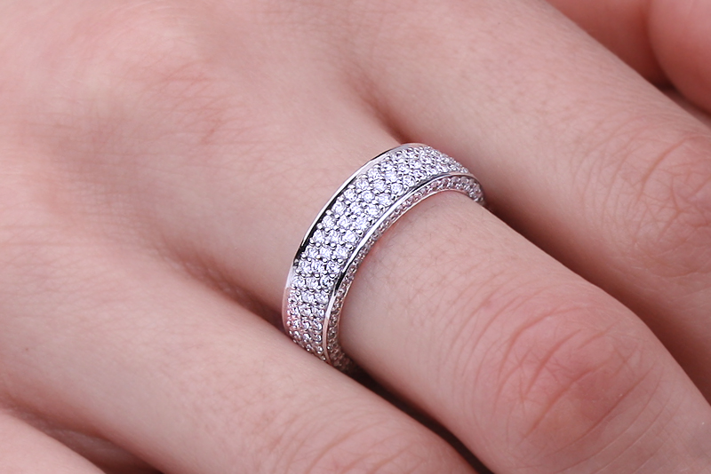 Full Eternity Ring Diamond set wedding ring for women in 18ct white gold with