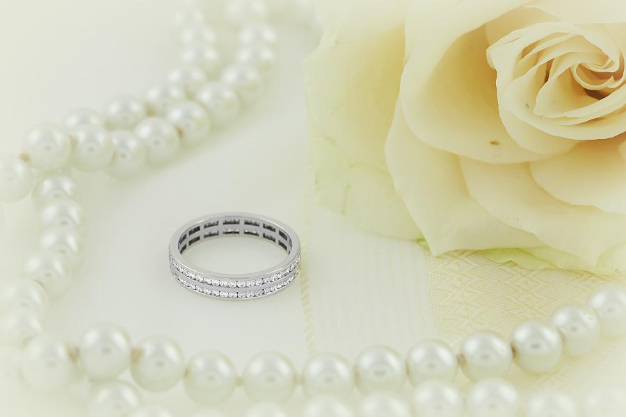 Verigheta cu Diamant/Inel Eternity Dama Aur Alb 18kt cu Diamante Rotund Briliant in 2 Randuri in Jurul Inelului Latime 4mm-img1