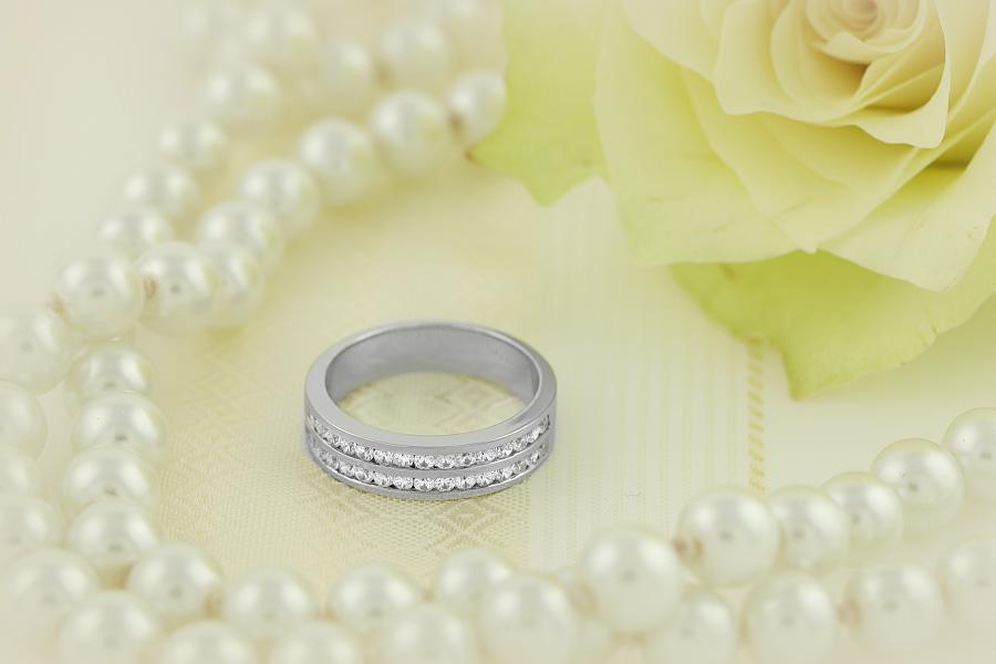 Halb Eternity Ring/Cocktail Ring/Ehering mit Diamanten für Dame in 18kt Weißgold mit runden Brillanten in Kanalfassung in 2 Reihen, 5mm Breit-img1
