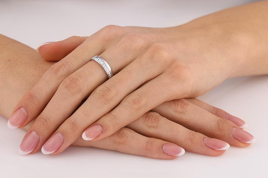 Verigheta cu Diamant Dama Aur Alb 18kt cu Diamante Rotund Briliant de Jur Imprejur, Profil Rotunjit, Latime 4.25mm-img1