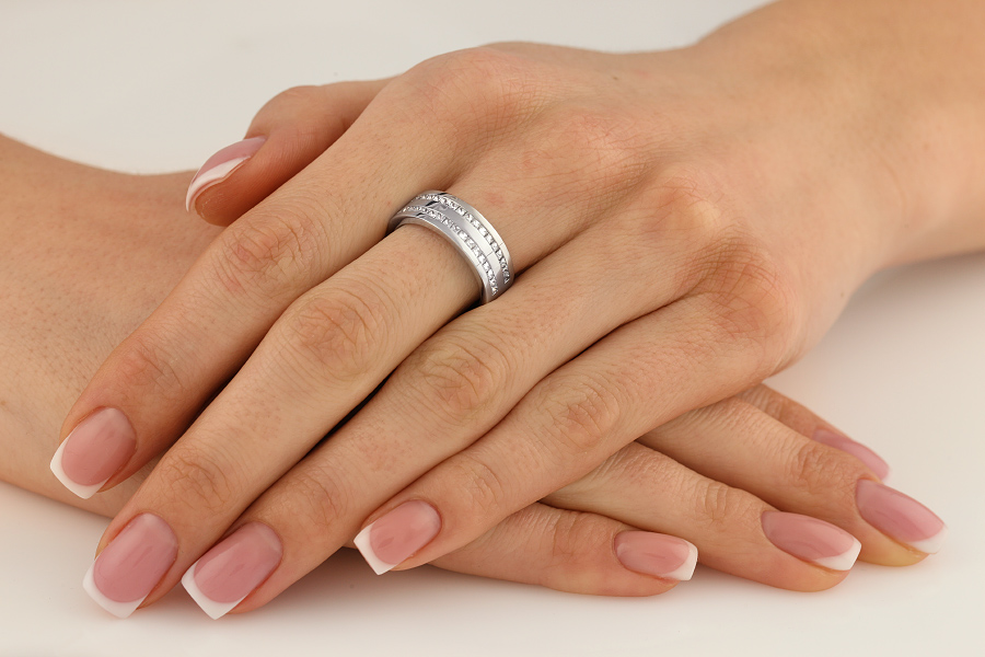 Verigheta cu Diamant Dama Aur Alb 18kt cu Diamante Princess In 2 Randuri cu Setare Canal Latime 7mm-img1