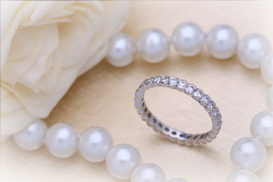 Full Eternity Ring Diamond set wedding ring for women in platinum with round