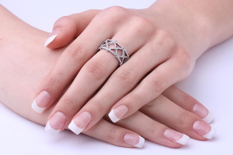 Voll Eternity Ring/Cocktail Ring/Ehering mit Diamanten für Dame in 18kt Weißgold mit runden Brillanten in Krappen&Zargenfassung, 10.75mm breit-img1